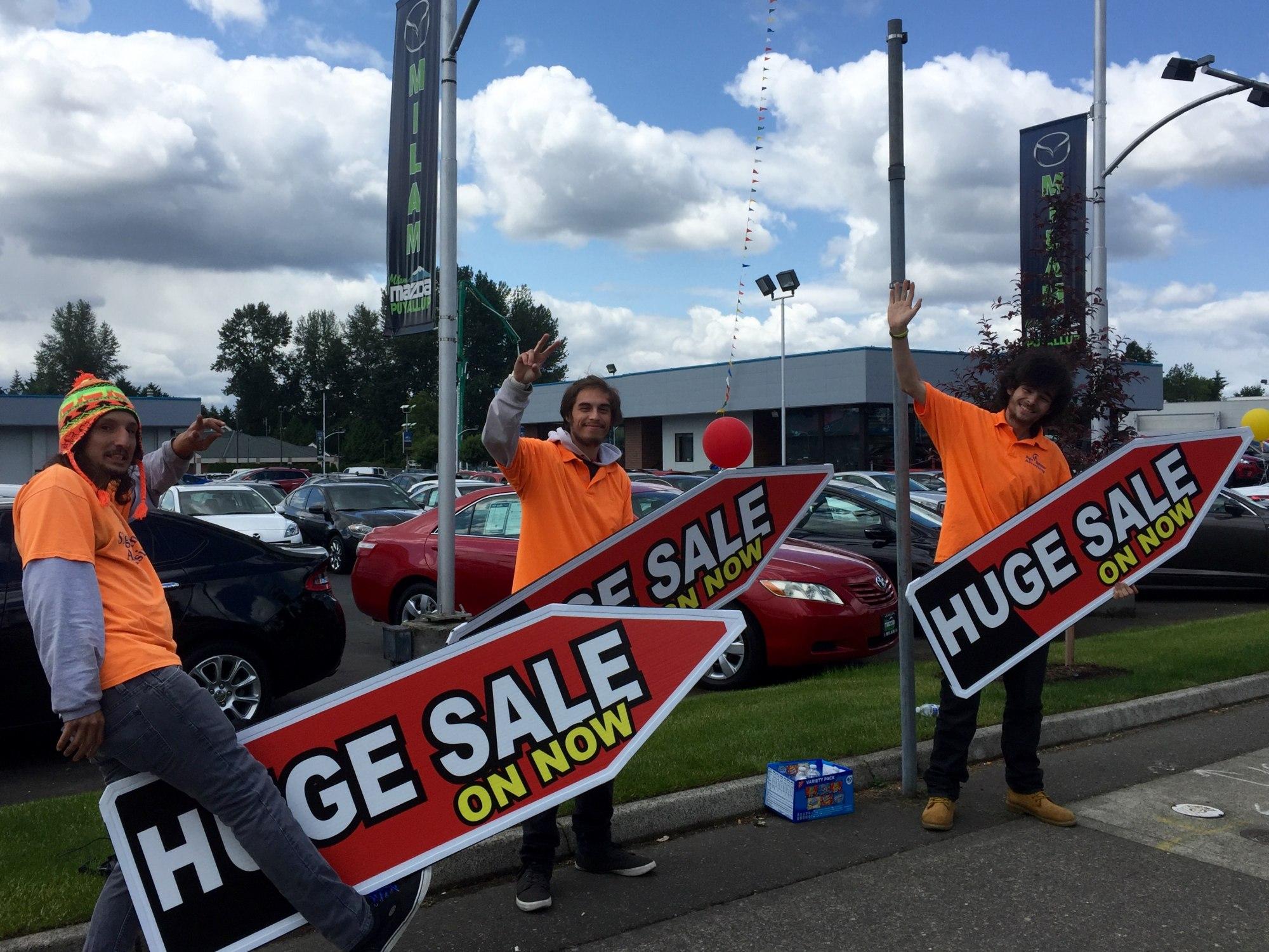 Bay Ridge Mazda >> Fort Lauderdale Sign Spinners – Sign Spinner Advertising