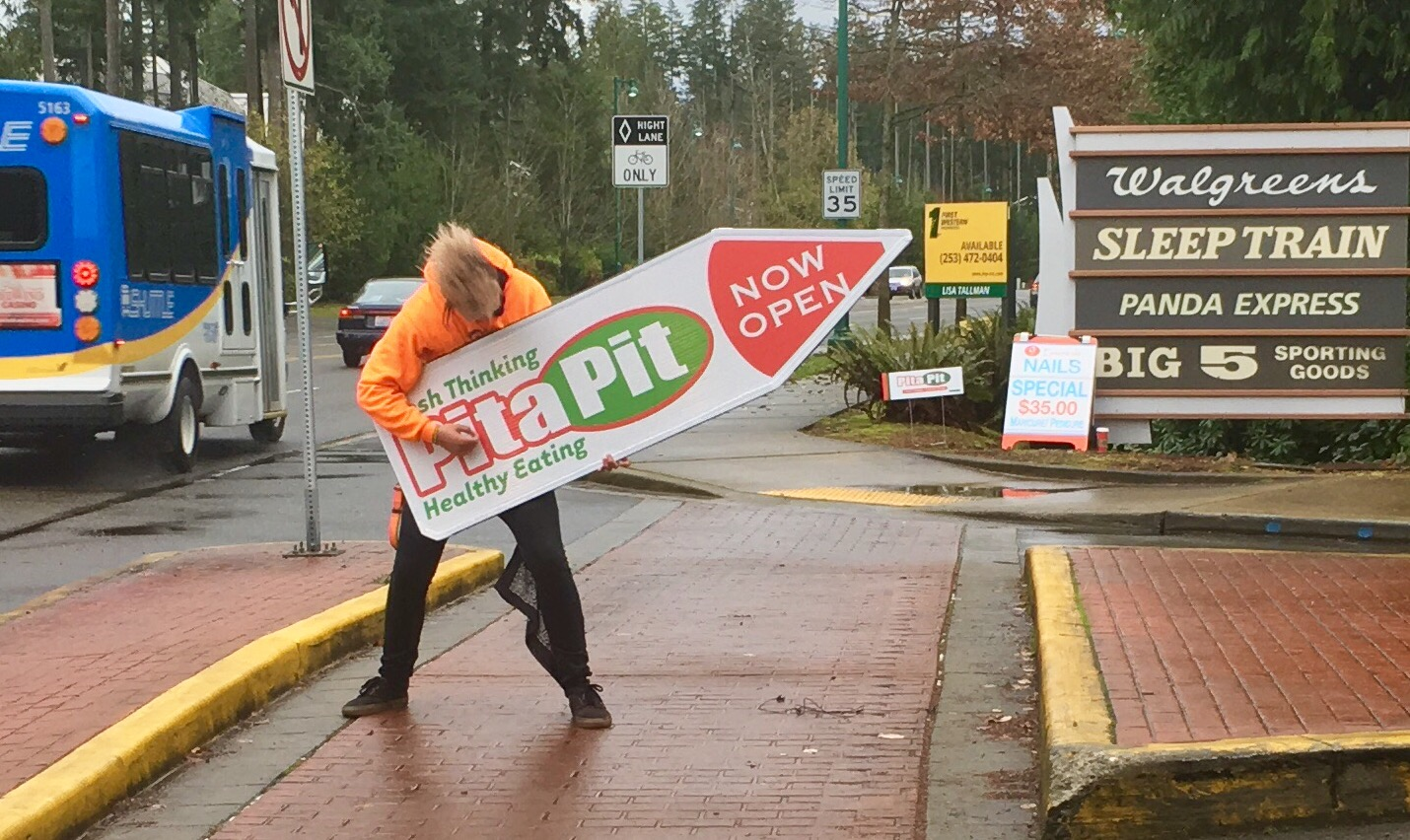 Sign Spinners Seattle for Pita Pit Gig Harbor.jpg