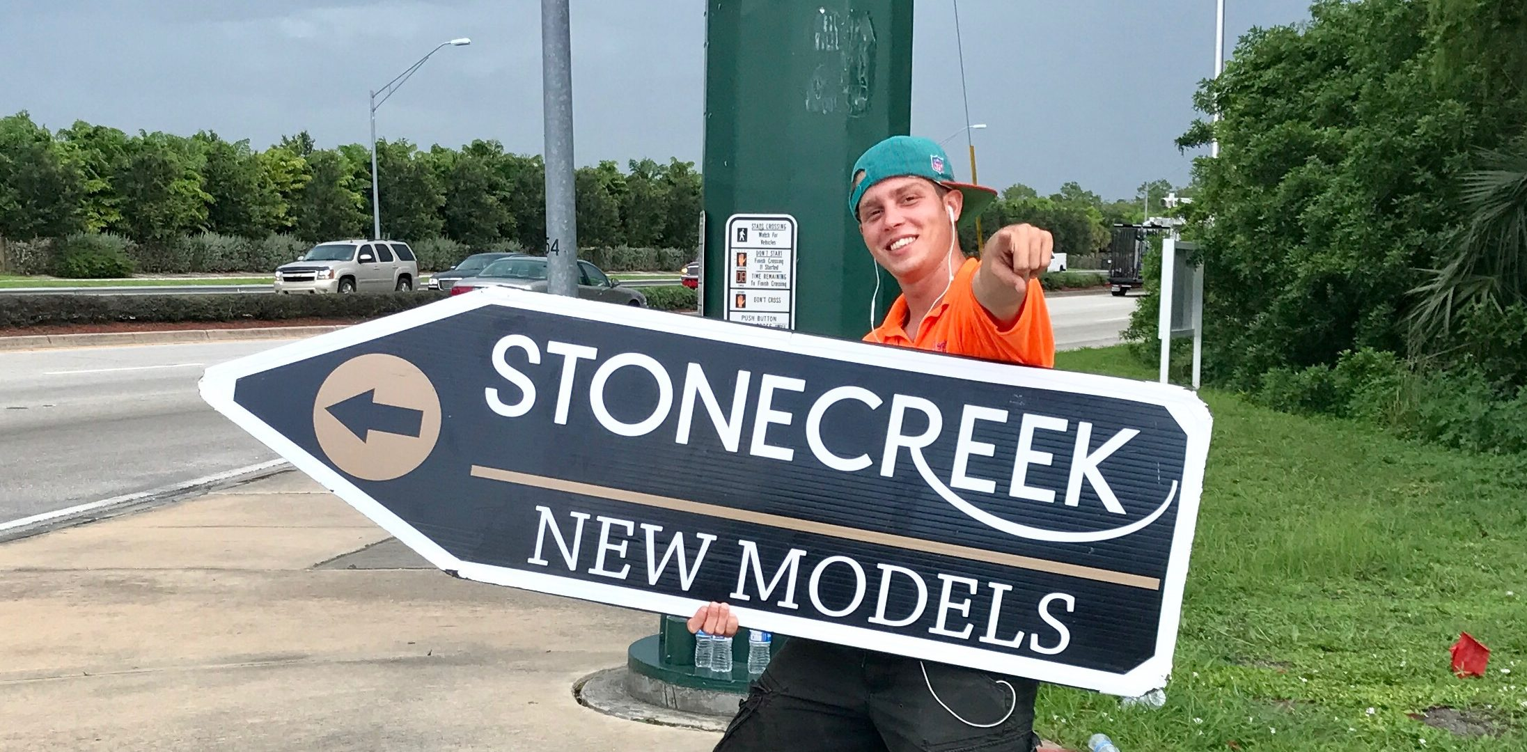 Sign Spinners in Naples | Fort Myers | Cape Coral
