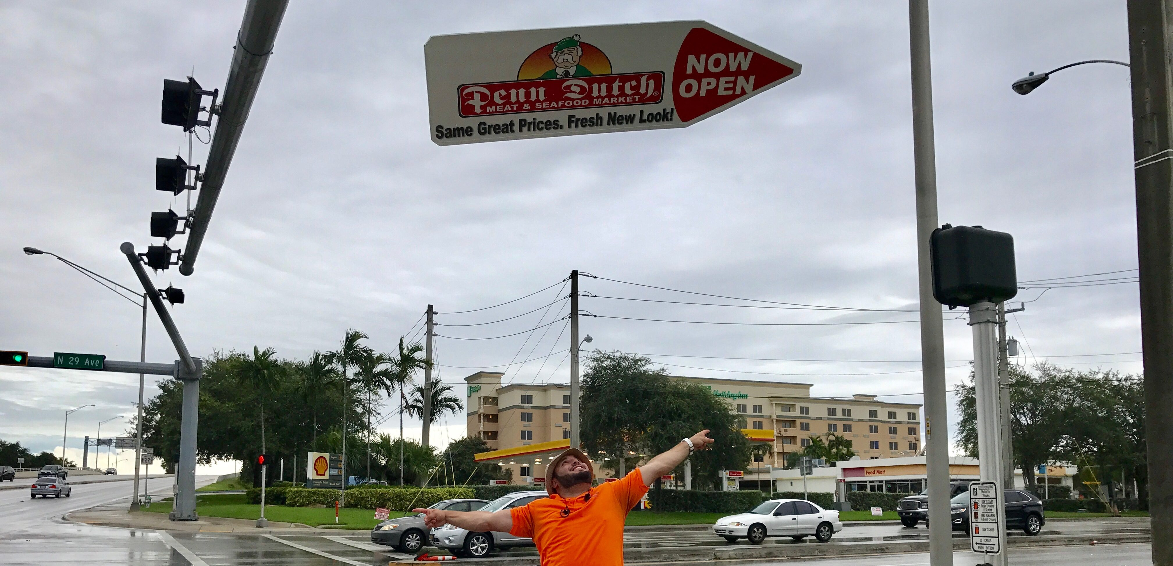 Sign Spinner Ads in Fort Myers, Naples and Miami FLorida