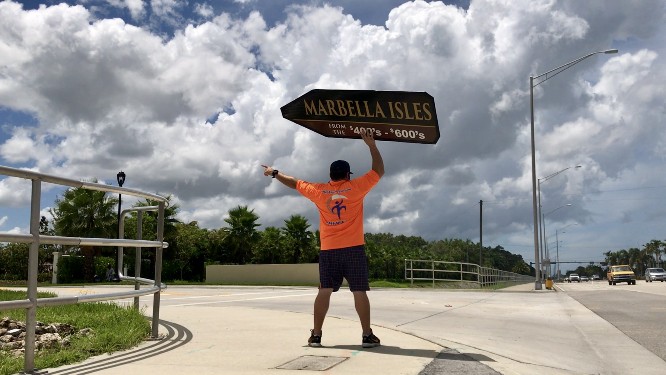 Sign Spinners in Naples FL for GL Homes
